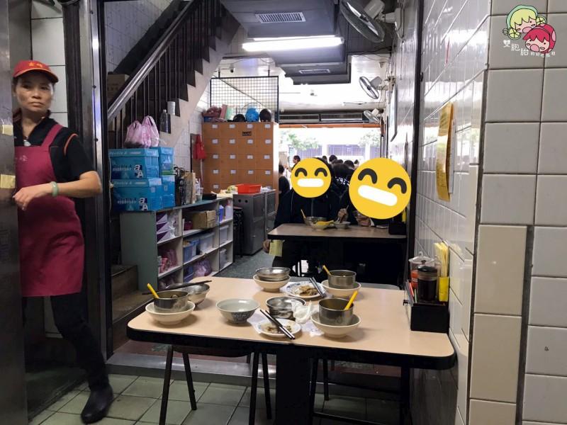 【中正紀念堂】金鋒滷肉飯,飄香二十年的好味道還-環境
