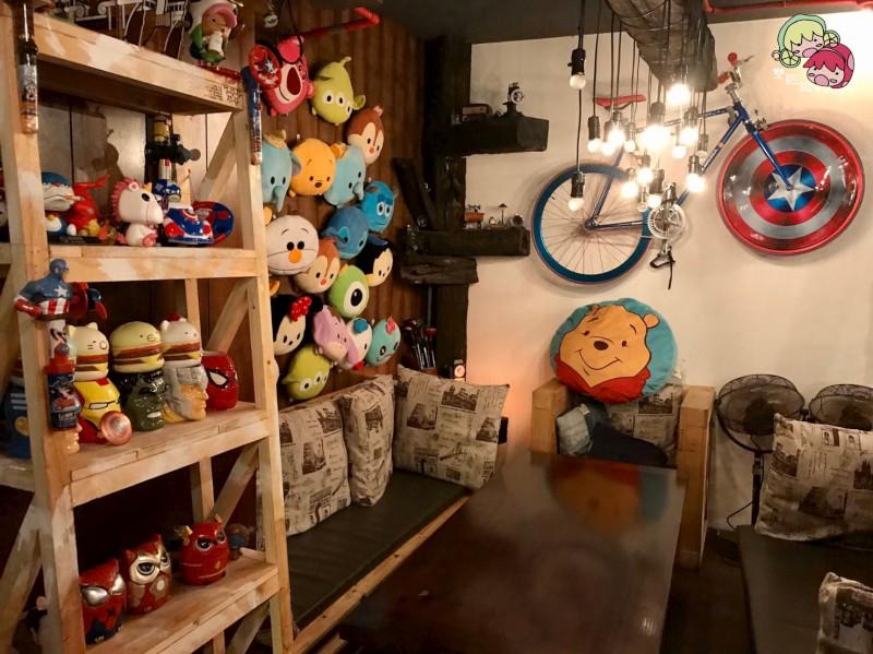 【松江南京】TankQ Cafe & Bar,迪士尼娃娃及漫威迷的天堂!超大份量早午餐(內附菜單)-環境