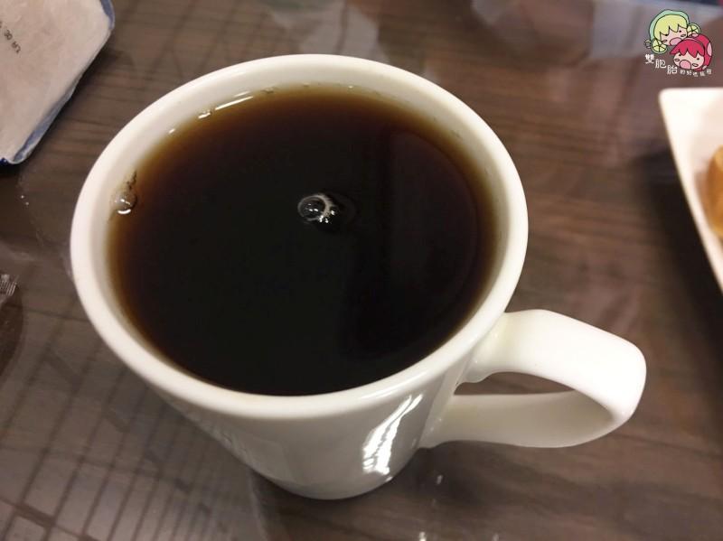 大城早午餐,入口即化的起司蛋吐司-紅茶